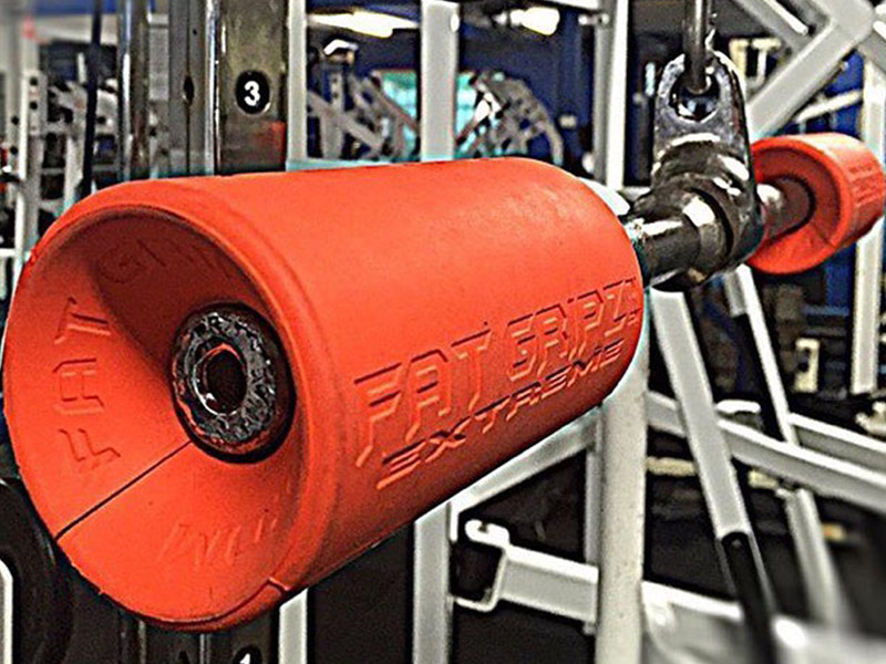 FatGripz Extreme attached to a tricep pulldown cable